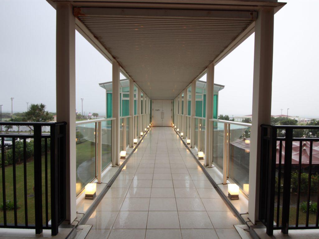 サザンビーチホテルチャペル外観